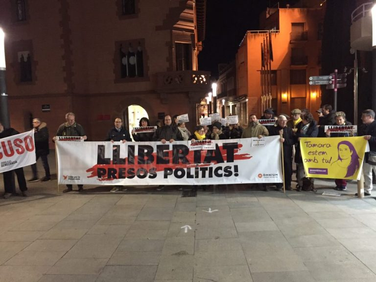 Catalonia, the crusade of the right against the independence movement. Articolo 21