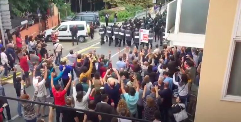 Spanish Police 805 Videos of the Repression lived in Catalonia caused by the Spanish Police in the Referendum of October 1, 2017